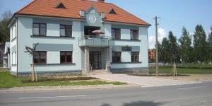 Bezbariérová úprava okolí kulturního domu v Poříč